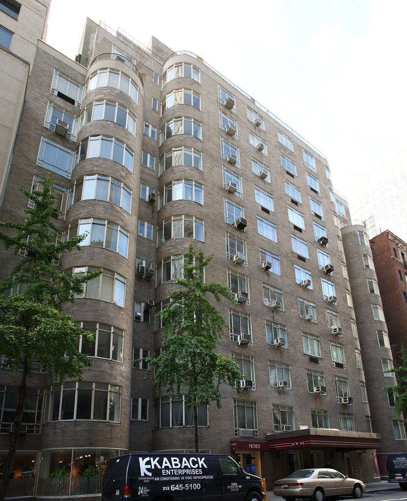 West 54th Apartments: West 54th Street, Midtown