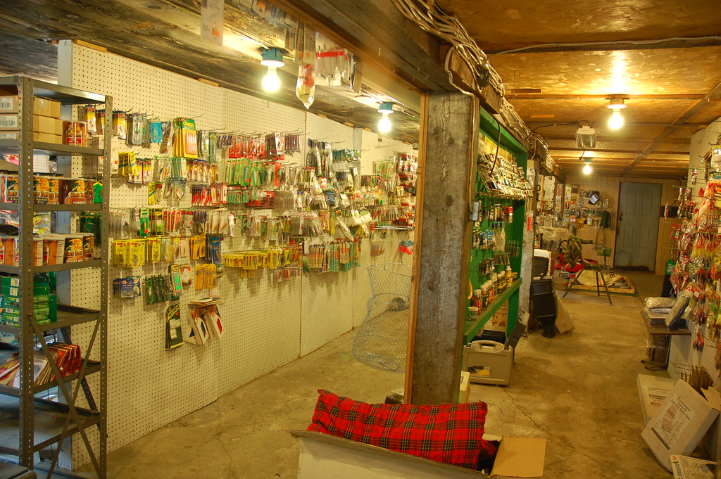 Harpo 39 s emporium wayne me famous fishing tackle store for Fishing tackle store near me