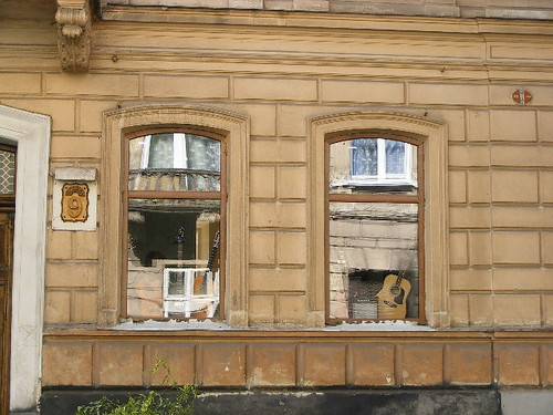 Krasickich 9 -- The Lviv House & Street Photography Project -- Gesher Galicia (www.GesherGalicia.org) | by Gesher Galicia