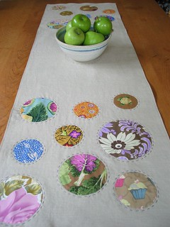 Crop Circle Table Runner | by Poppyprint