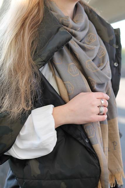 camouflage-jacket-details-wiebkembg