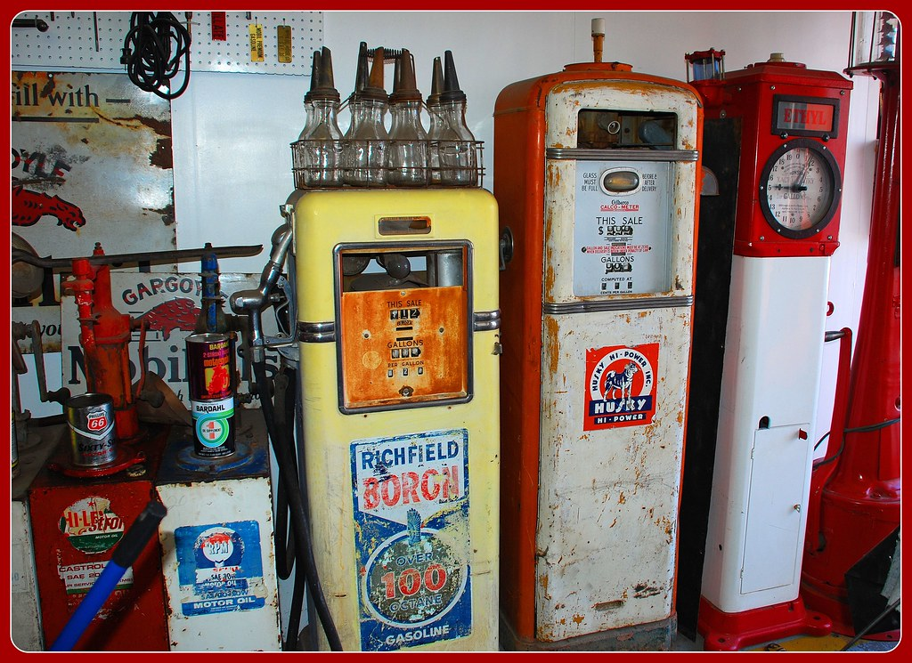 Old Gas Pumps Inside Pete's Gas Station Museum on Route 66 ...