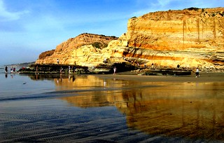 Torrey Pines State Park, San Diego, California's Best Geography,  Hiking by Flat Rock | by moonjazz