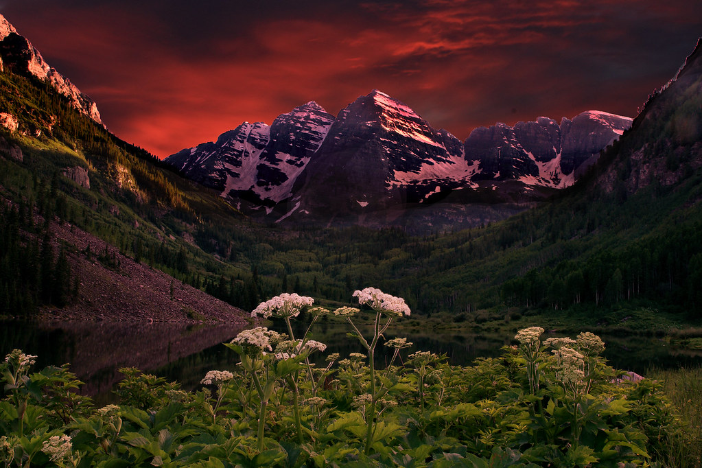 maroon bells sunset view on black i took so many photos. Black Bedroom Furniture Sets. Home Design Ideas