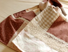 Patchwork scarf with lace | by mairuru_siesta