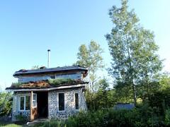 le bois cord maison en bois cord avec toit v g tal foin nature construction flickr. Black Bedroom Furniture Sets. Home Design Ideas