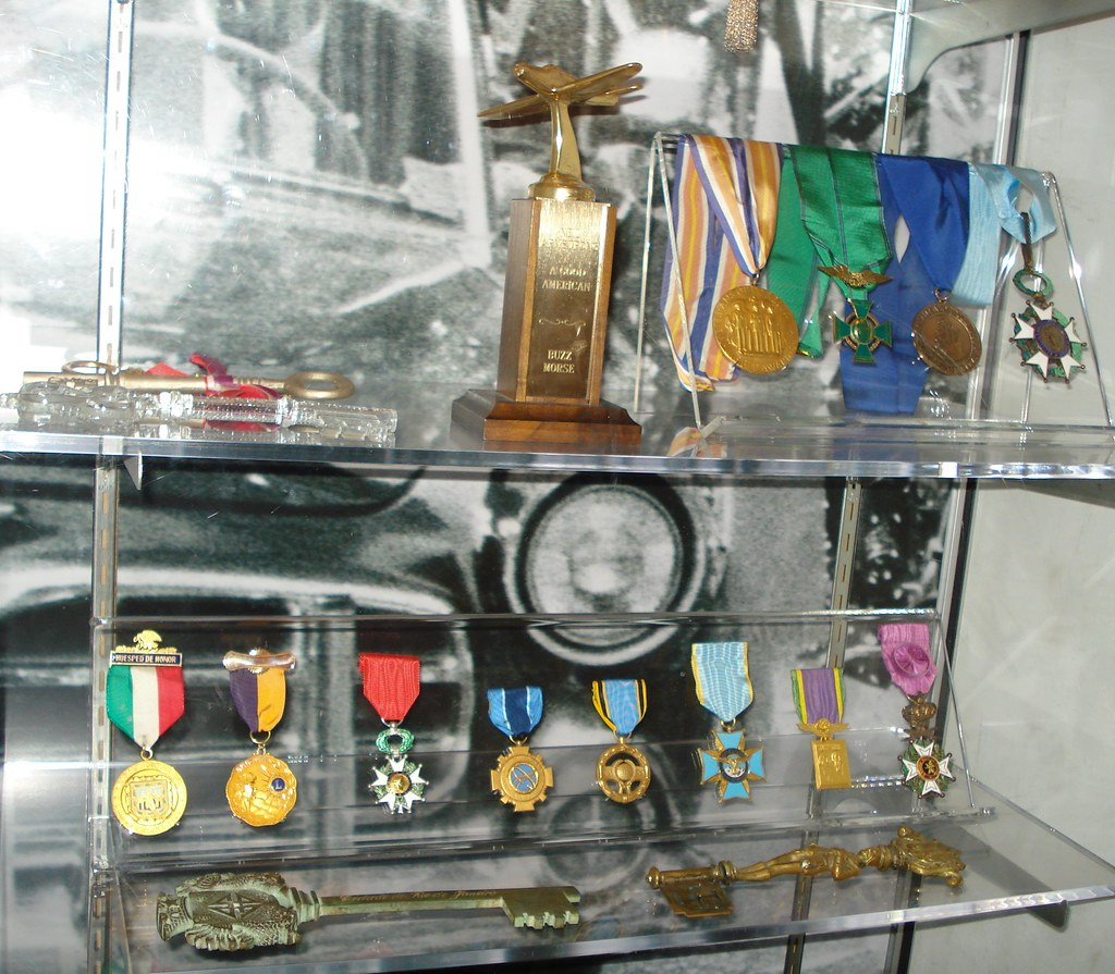 neil armstrong medals - photo #3