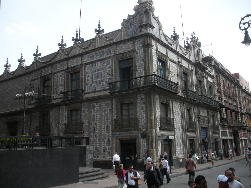 Casa de los azulejos mexico city the casa de los for Casa de los azulejos puebla