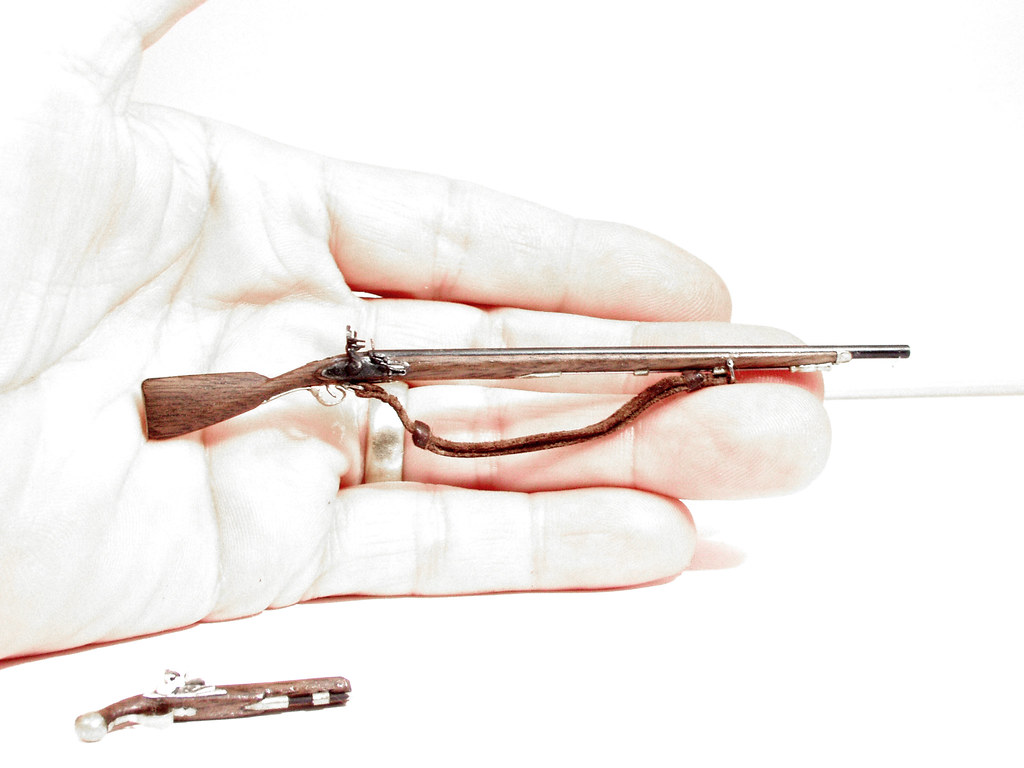 Miniature Brown Bess Musket | 1/12 scale model 1756