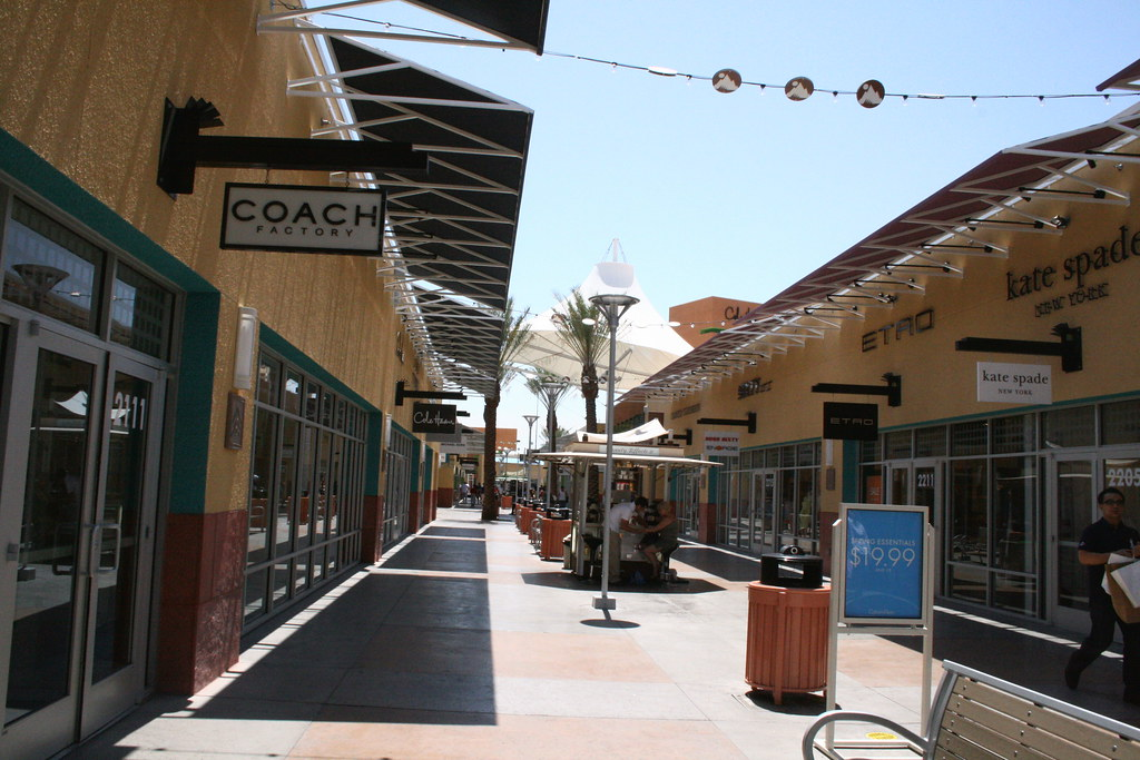 Welcome to Las Vegas Premium Outlets - North, every bargain shopper's dream. Located in Downtown Las Vegas, the mall features more than shops in an outdoor plaza, come prepared with comfy shoes, sunglasses and bottled water.