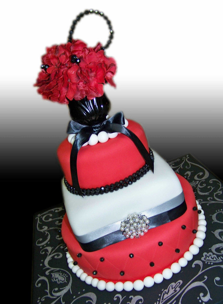 Admirable Red Black And White Elegant Cake Giovanni Ozuna Flickr Birthday Cards Printable Giouspongecafe Filternl