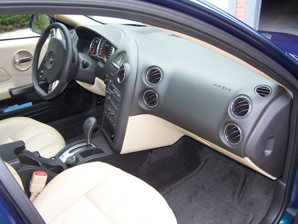 2006 Pontiac Grand Prix Gxp Interior Coconv Flickr