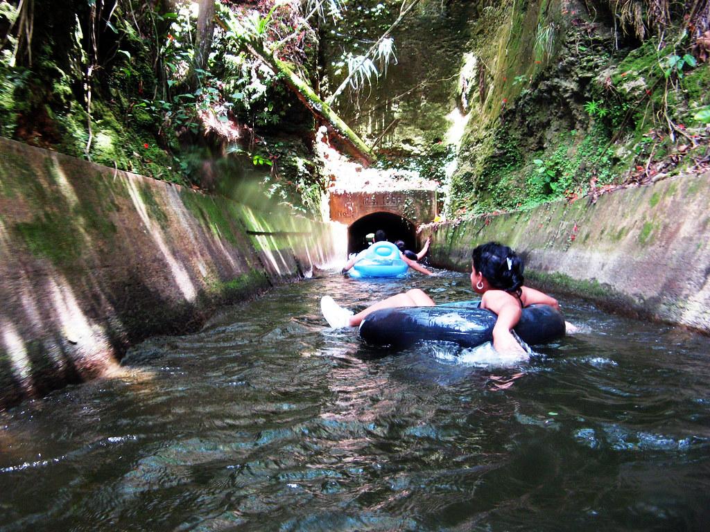 Canales de riego channels entre isabela y quebradillas for Turismo interno p r