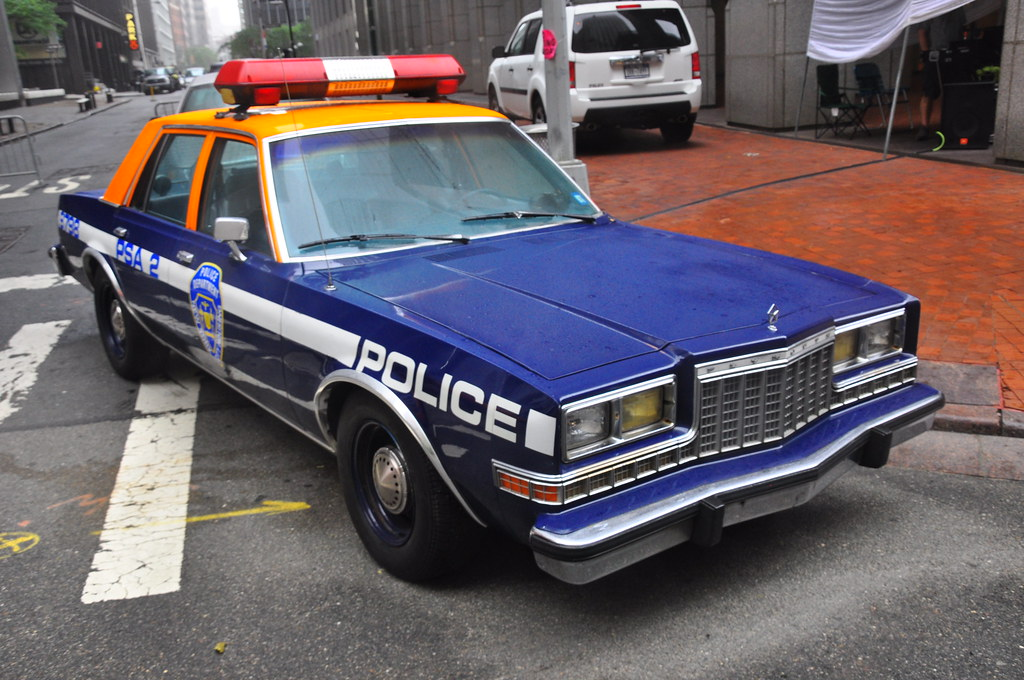 nyc housing police plymouth gran fury rmp 2011 nyc police flickr. Black Bedroom Furniture Sets. Home Design Ideas