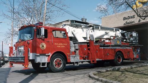 Philadelphia fire department pa ladder tower 6 mack for Motor vehicle philadelphia pa