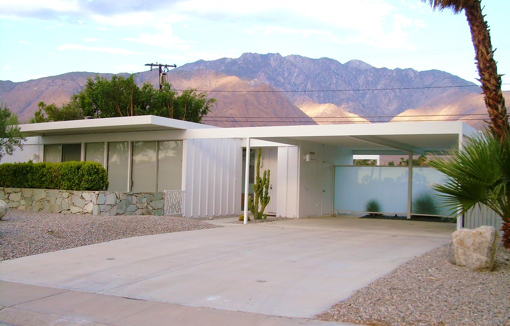 Steel mid century modern house palm springs this is a for Maison style californienne