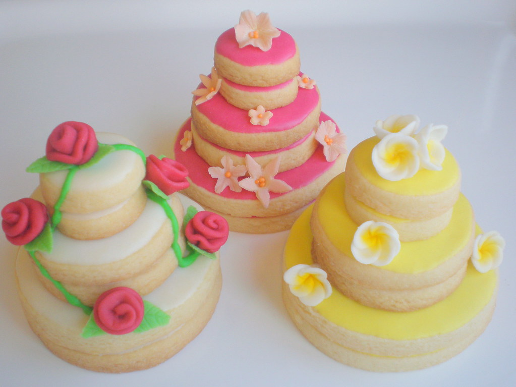 stacked wedding cake sugar cookies cookies stacked cakes 2 stacked cookie cakes i can t 20468