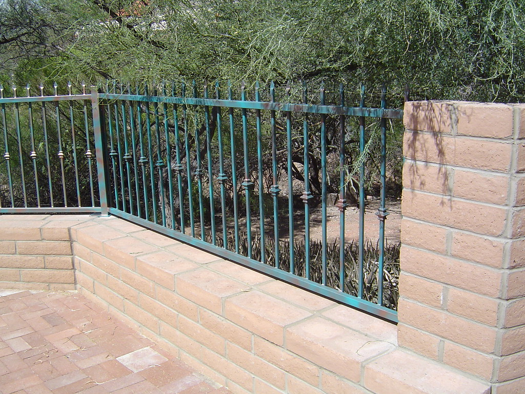 Jade Fence Fence Panels With Spear Point Pickets Mounted