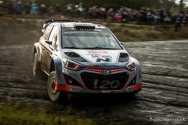 Hyundai i20 WRC 15