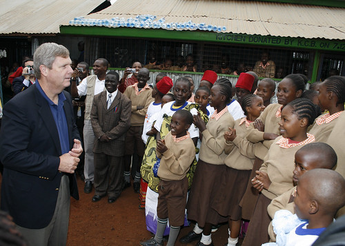 Secretary Vilsack speaking for the children and staff of Stara Rescue Center School outside Kibera.