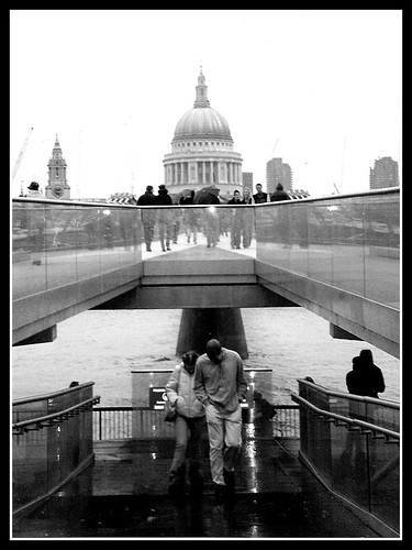 Rainy day on Millenium Bridge | by **soniatravel**