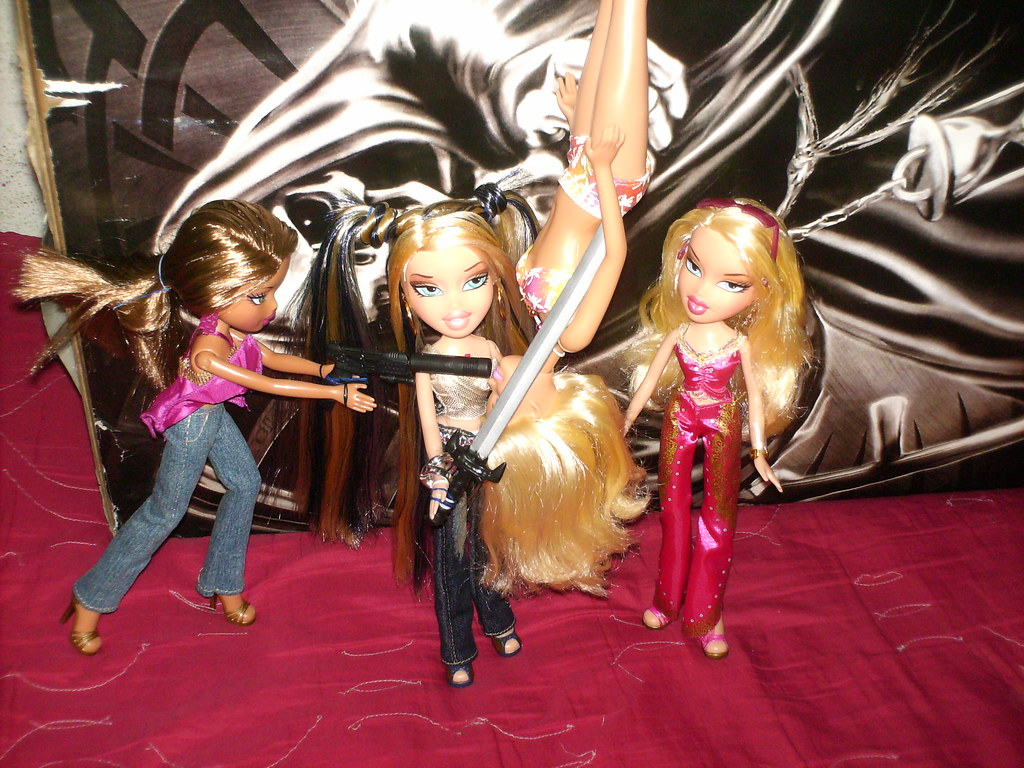 case 2 barbie vs bratz The civil case in us district court, central district of california, is a custody battle of sorts over the bratz dolls their launch seven years ago sent mattel's iconic barbie brand into a.