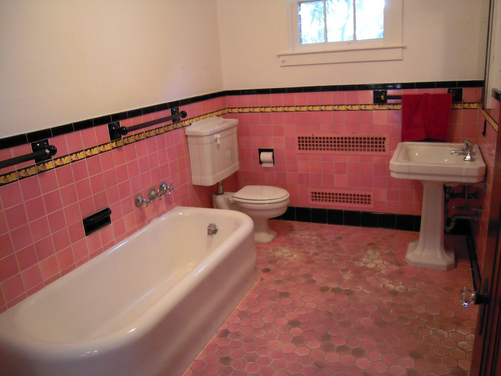 1932 Pink Bathroom Amazing pink bathroom at 1932 home wher…