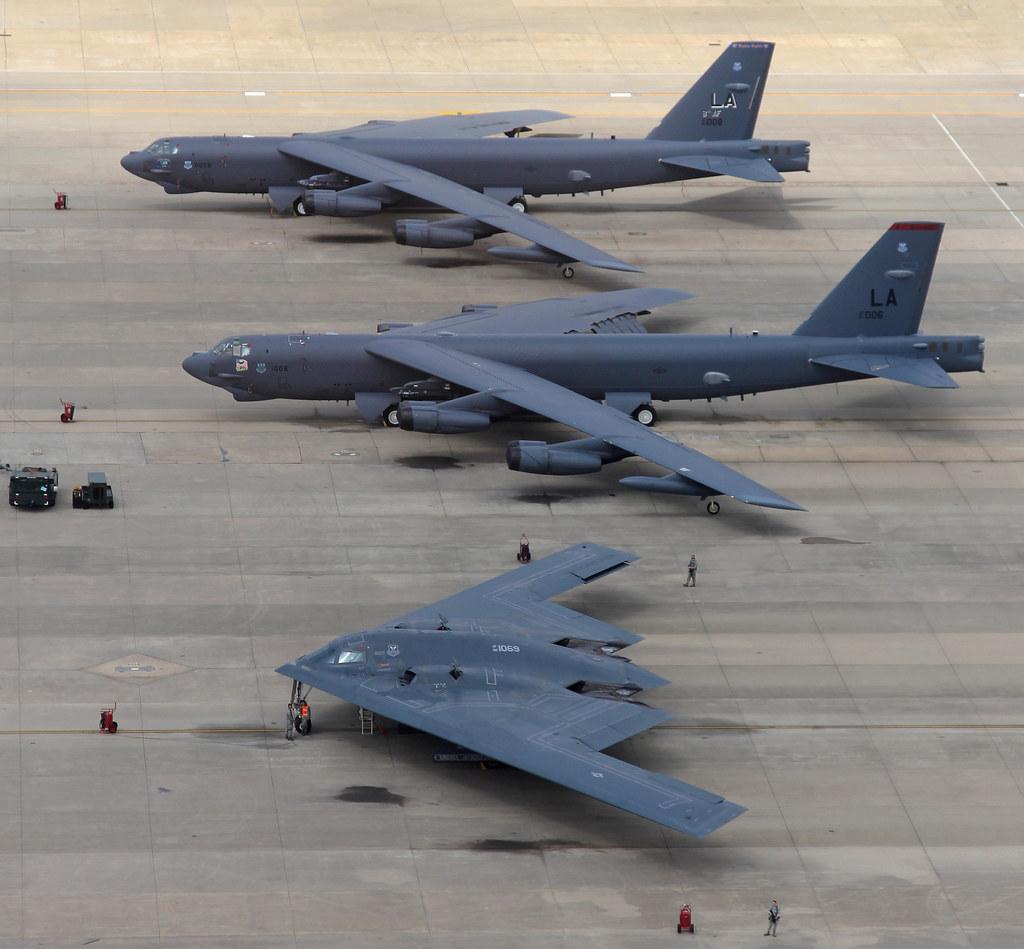 northrop grumman b 2 spirit stealth bomber av 4 82 106 flickr