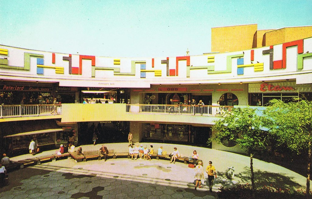 Old Postcard View Of Preston St Georges Shopping Centre