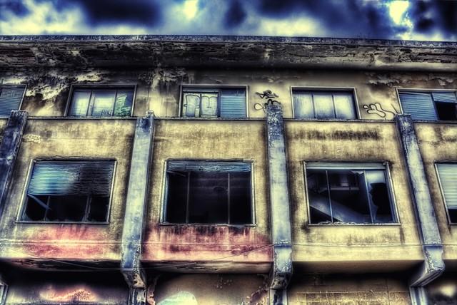 Teoria delle finestre rotte paride de carlo flickr - Teoria delle finestre rotte sociologia ...
