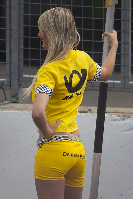 people dtm 2009 grid girls blonde in yellow deutsche p flickr. Black Bedroom Furniture Sets. Home Design Ideas