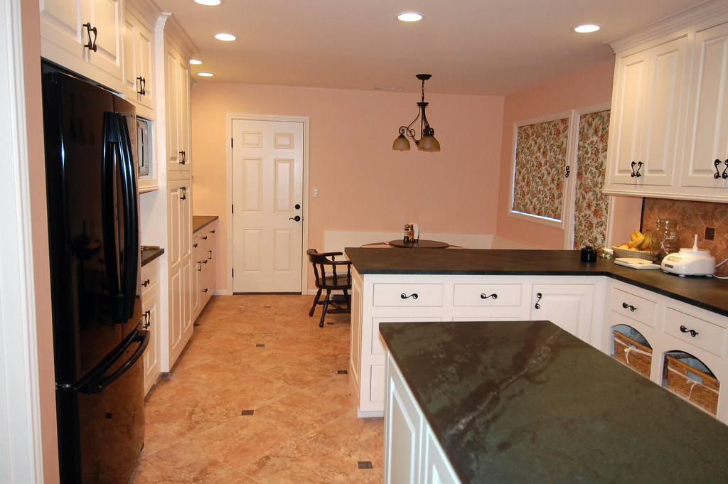 Green Color Cabinets Kitchen