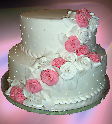 wedding cakes pink and white white and pink roses wedding cake irena flickr 25285