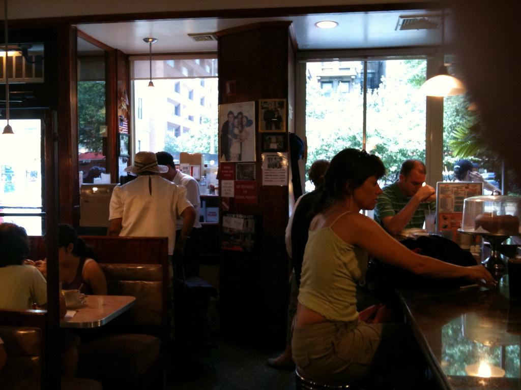 Tom S Restaurant Portland Or