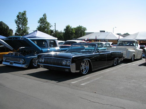 1964 lincoln continental convertible lowrider mrbinfv flickr. Black Bedroom Furniture Sets. Home Design Ideas