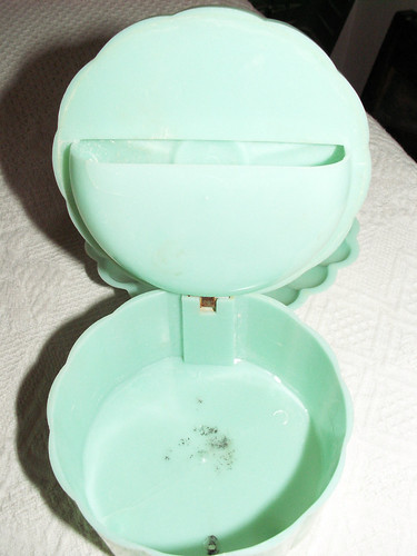 1950s Green Flower and Rhinestone Powder Container and Shell Soap Dish | by castleberryantiques