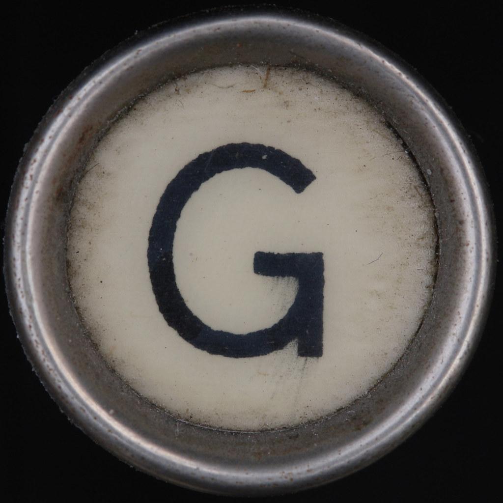Typewriter Key Letter G Remington Portable Leo