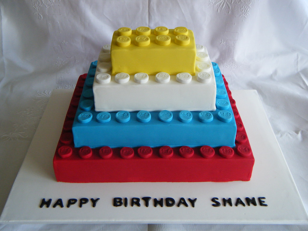 Cake Designs Lego : Lego Cake This is the lego cake that i was asked to make ...