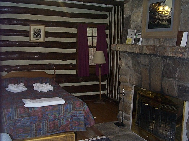Do one room cabin interior virginia state parks flickr for Single room log cabin