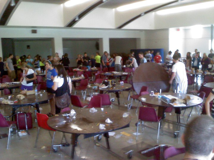 Cafeteria Food Pans ~ Cafeteria food fight romeo high school