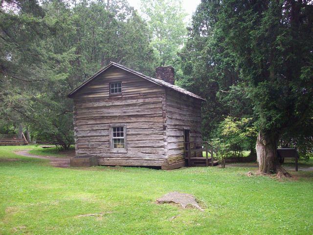Log cabin log cabin mabry mill lepetitsaboteur flickr for Mill log