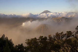 Sunrise on Tengger Caldera | by jmhullot