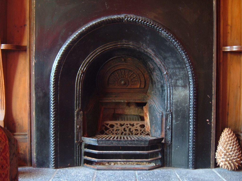 Old Fashioned Fireplacs