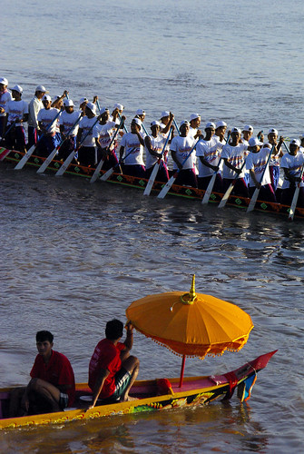 Bonn Om Toeuk. The Cambodian Water Festival In Phnom Penh | by The Hungry Cyclist