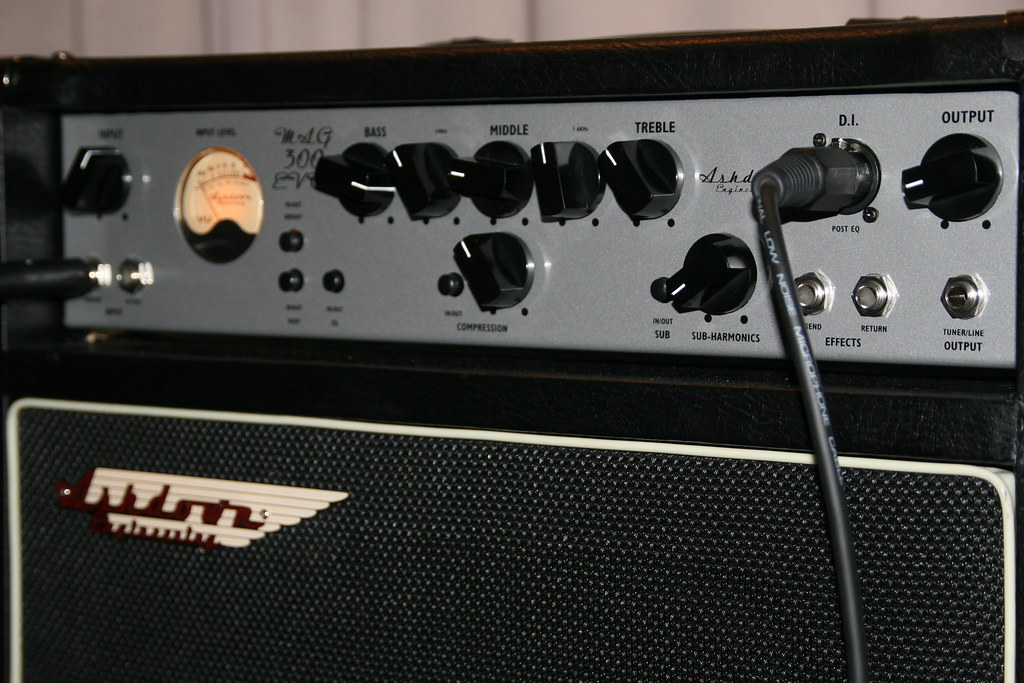 Ashdown Bass Amp Ashdown Mag 300 Bass Amp