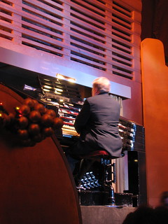 Organist at the Christmas Spectacular | by jen_rab