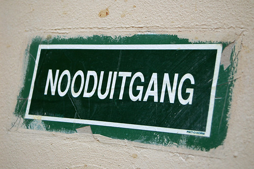 nooduitgang | by Crystian Cruz