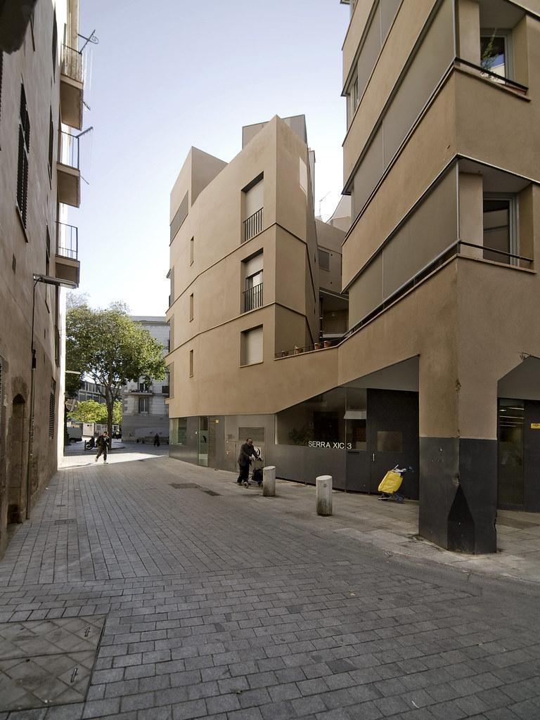 Barcelona edifici d 39 habitatges pla a de sant agust - Pis proteccio oficial barcelona ...
