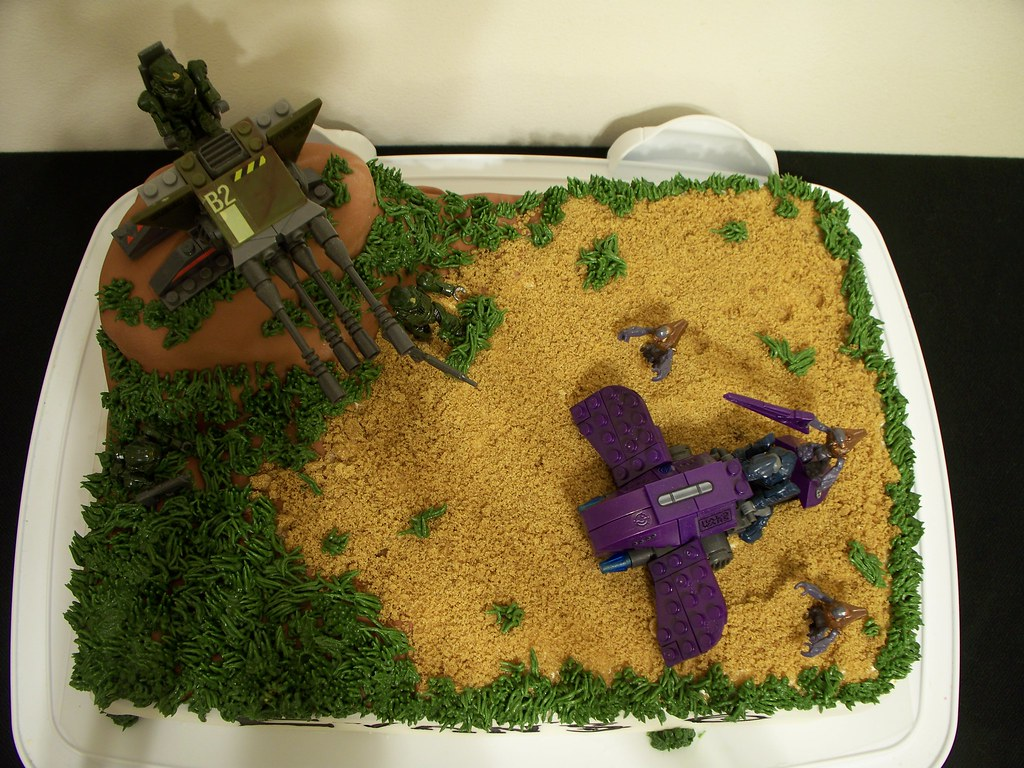 Halo Wars cake Done for my brothers birthday I cheaped o Flickr