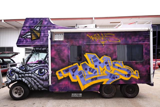 091221 bus paint 007